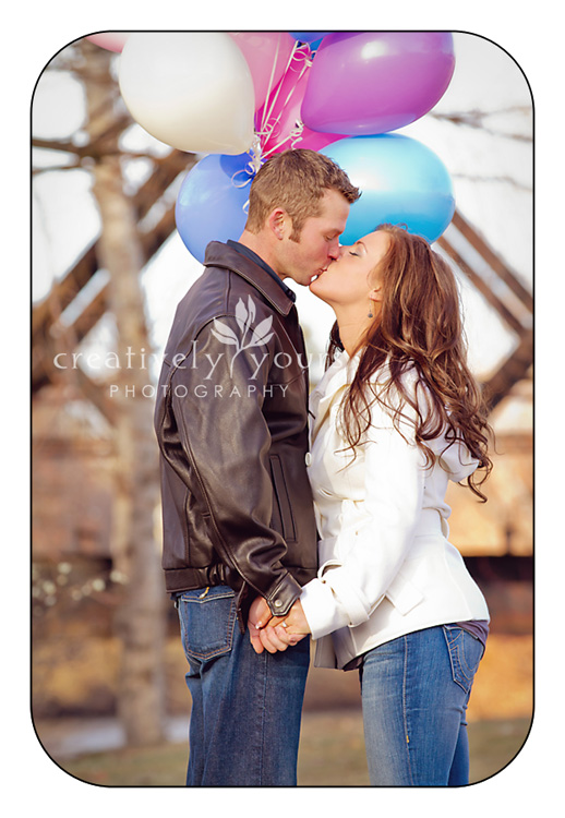 Engagement Pictures with Balloons