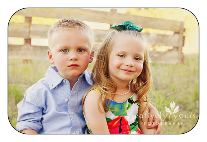 Twin 3 year old Kids Pictures in Spokane WA