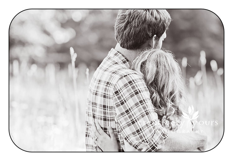 Engagement Pictures in a Field Spokane WA