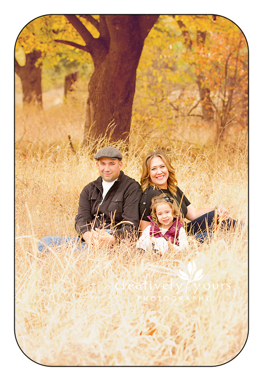 Beautiful Fall Family Pictures by Creatively Yours in Spokane WA
