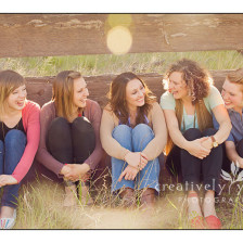 High School Senior Pictures with your friends in Spokane WA