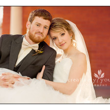 Gorgeous Bride and Groom Pictures in Spokane WA