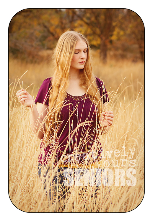 Serene senior pictures in a field in Spokane WA