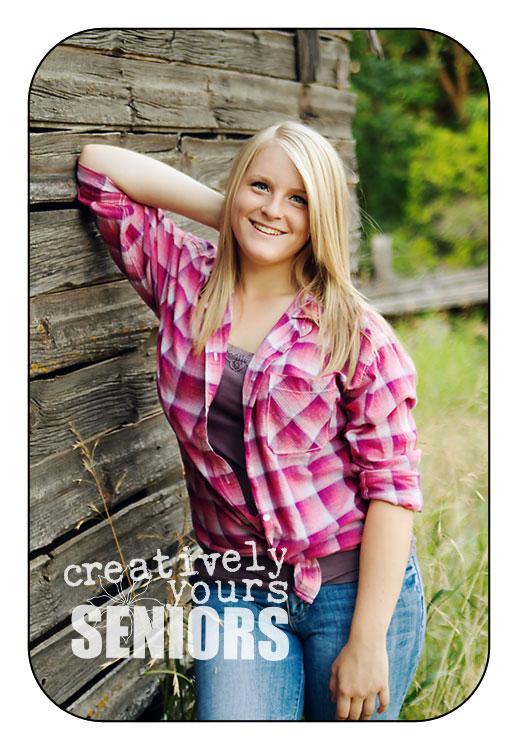 Cute Country Girl Senior Pictures in Spokane Wa