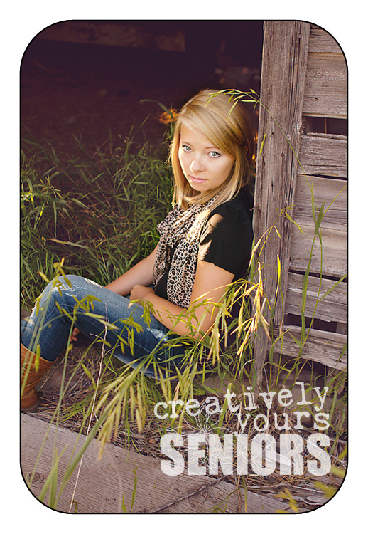 Gorgeous Spokane Senior pictures in a barn