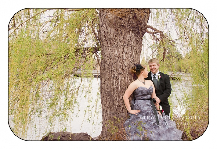 Gorgeous prom pictures by the Spokane River